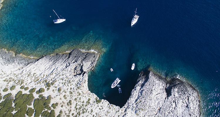 Krystalklart vand i Kroatien